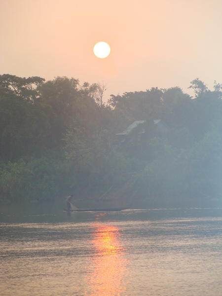 Cambodia-sunrise_over_Mekong_1_450x600