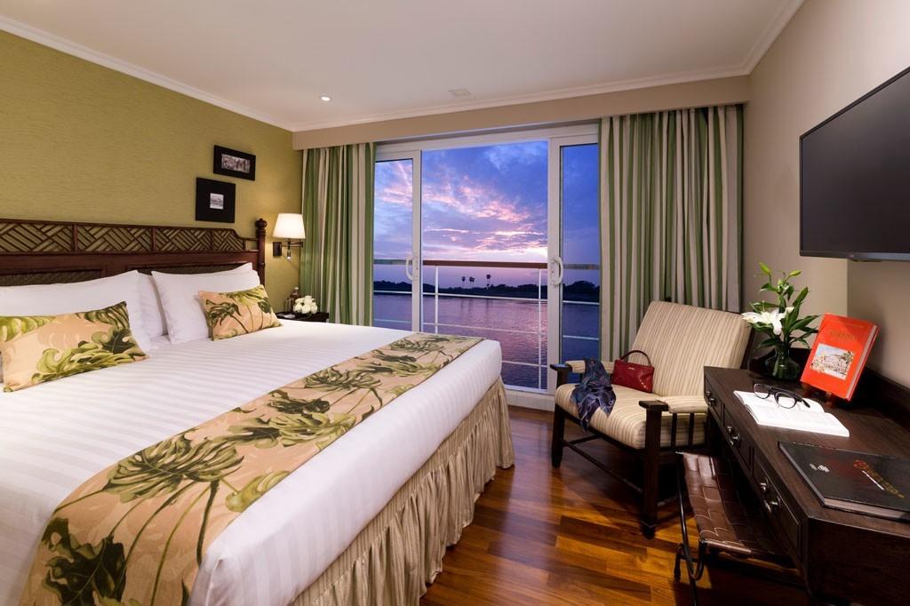 strand hotel suite